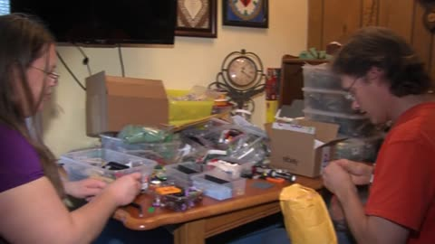 West Bend couple build relationship on foundation of LEGOs